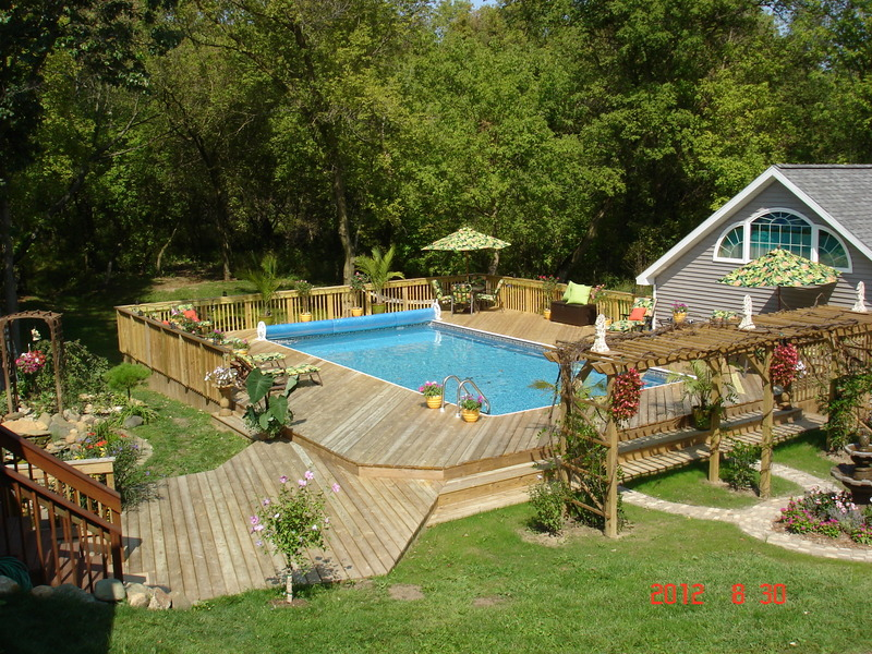 16x32 Sport Pool - Hasslett, MI by AquaStar
